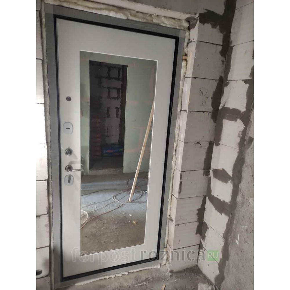 Входная дверь Лабиринт URBAN с Зеркалом 18 - Белое дерево ( утепленные )