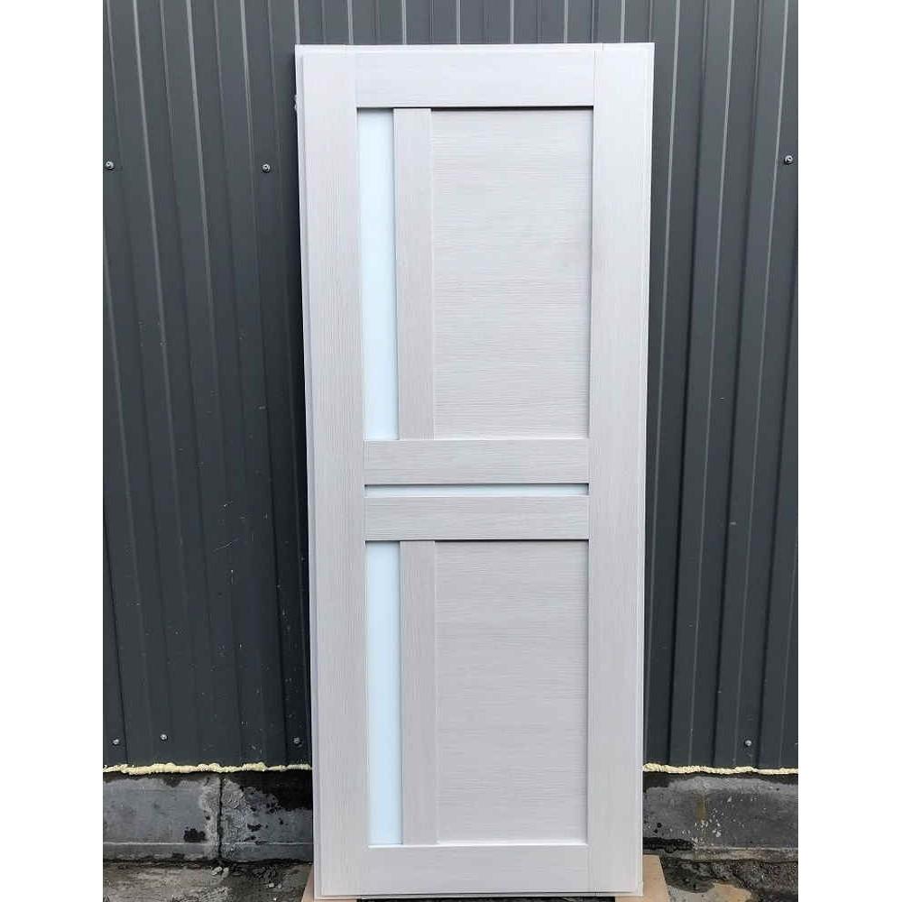 Входная дверь REX 13 Бетон сб-18 лиственница бежевая белое