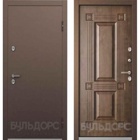 Входная дверь с терморазрывом для дома Бульдорс ТермоБУЛЬ-1 Грецкий Орех (Морозостойкие)
