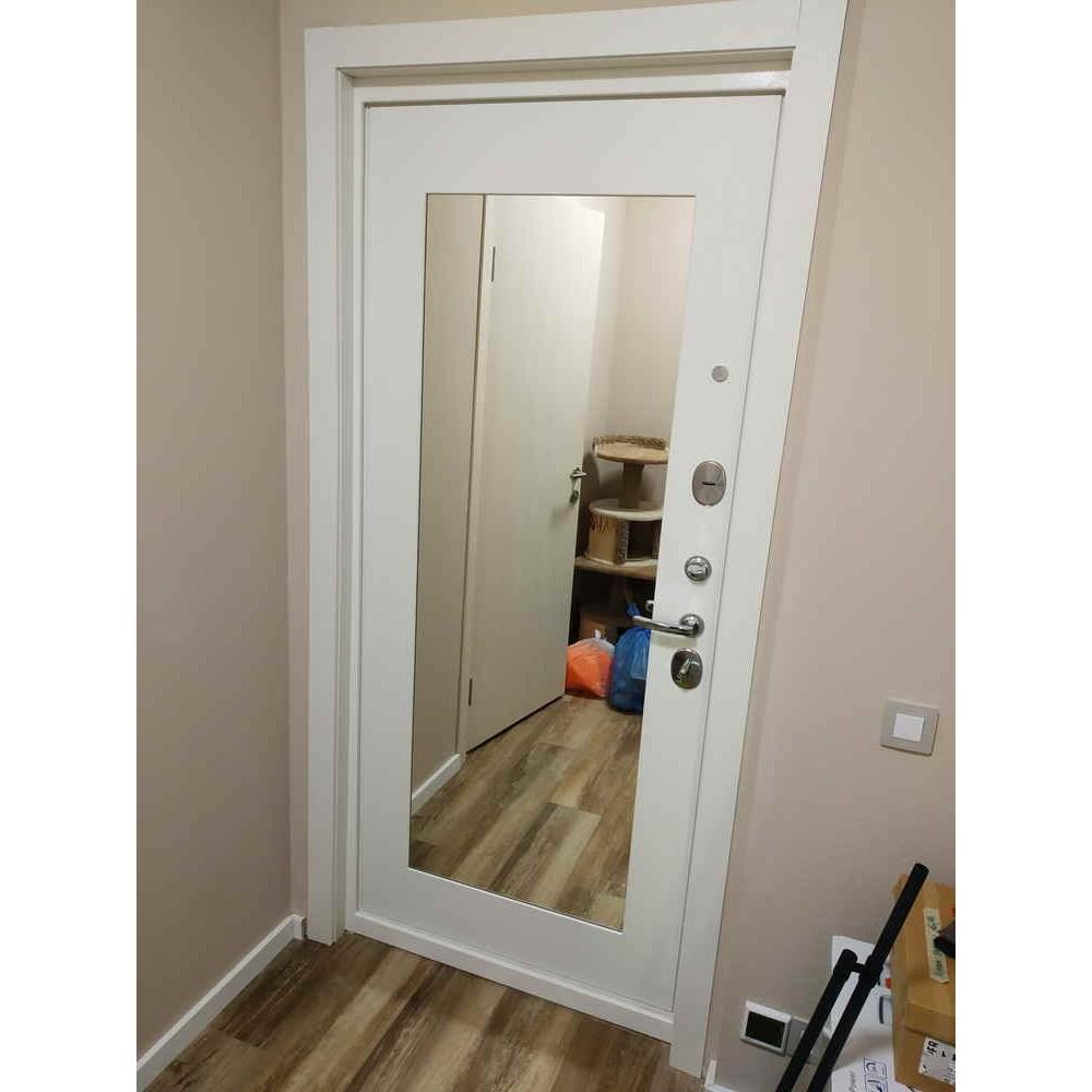 Входная дверь Лабиринт TRENDO с Зеркалом 18 - Белое дерево (утепленные)