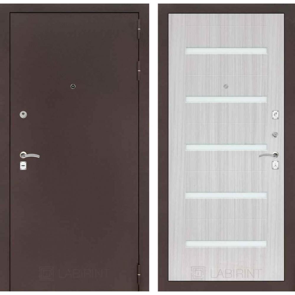 Входная дверь Лабиринт CLASSIC антик медный 01 - Сандал белый (наружного открывания)