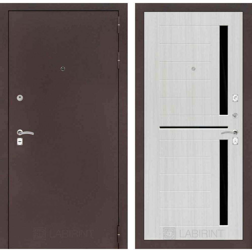 Входная дверь Лабиринт CLASSIC антик медный 02 - Сандал белый (утепленные )