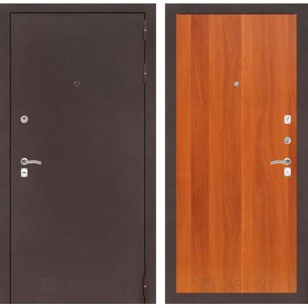 Входная дверь Лабиринт CLASSIC антик медный 05 - Итальянский орех (трехконтурные)