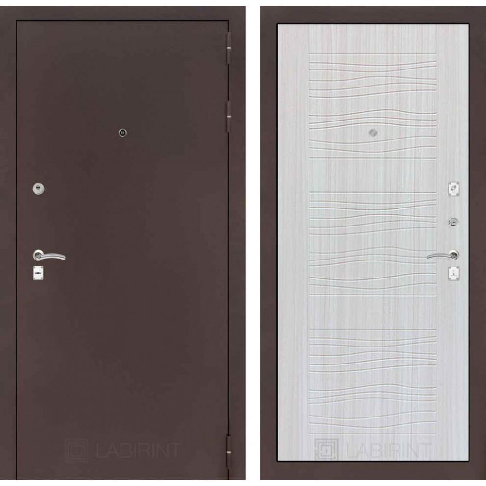 Входная дверь Лабиринт CLASSIC антик медный 06 - Сандал белый (трехконтурные)