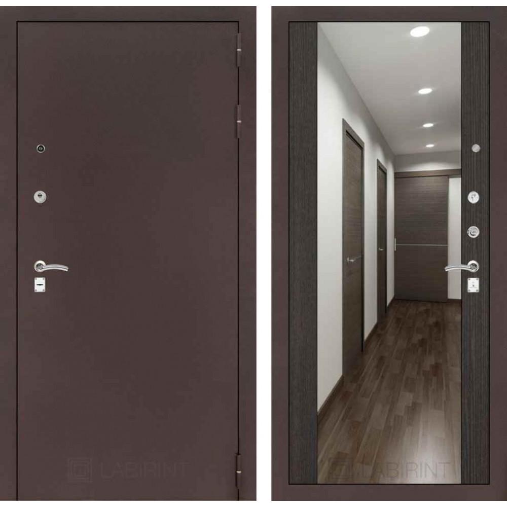Входная дверь Лабиринт CLASSIC антик медный с Зеркалом Максимум - Венге (трехконтурные)