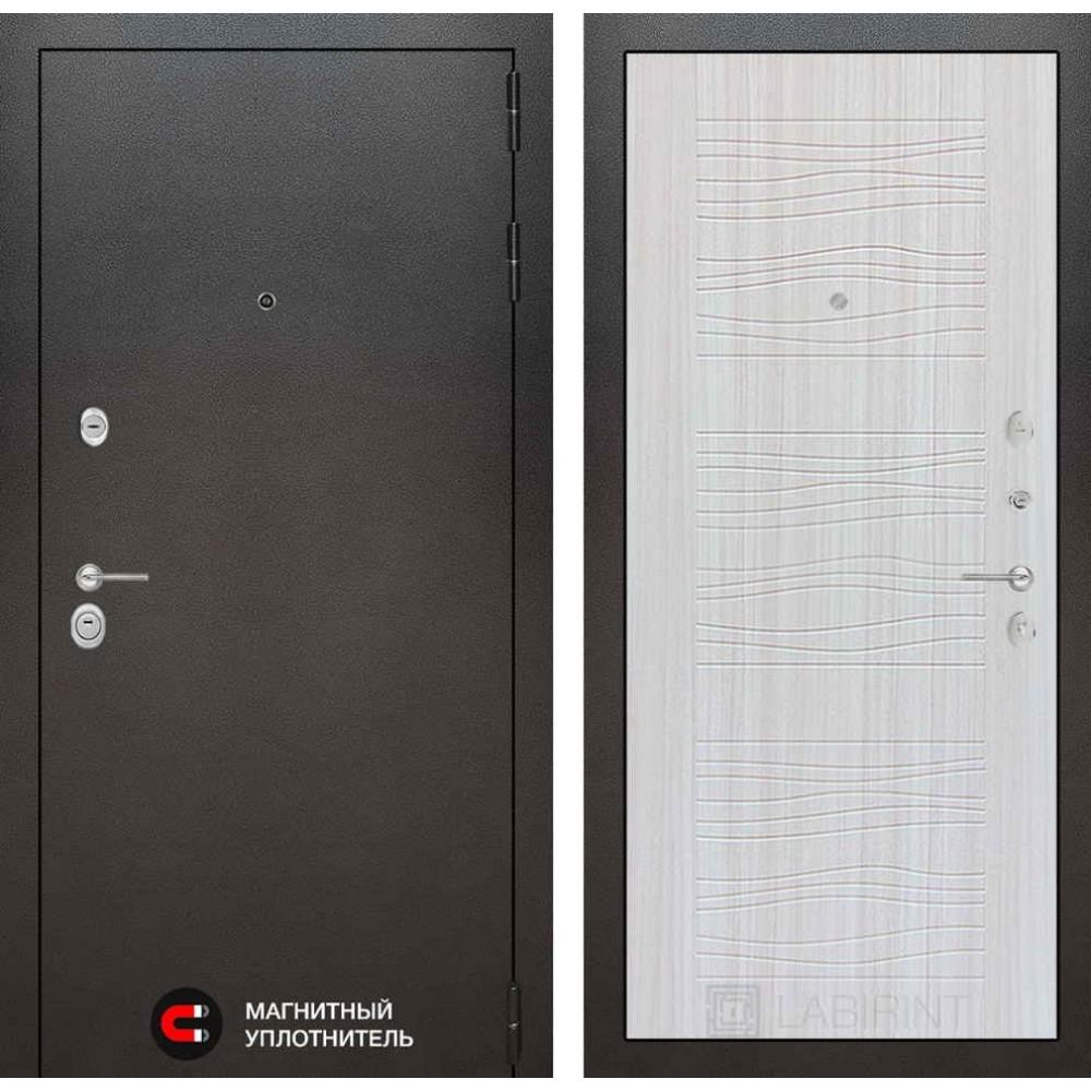 Входная дверь Лабиринт SILVER 06 - Сандал белый (трехконтурные)