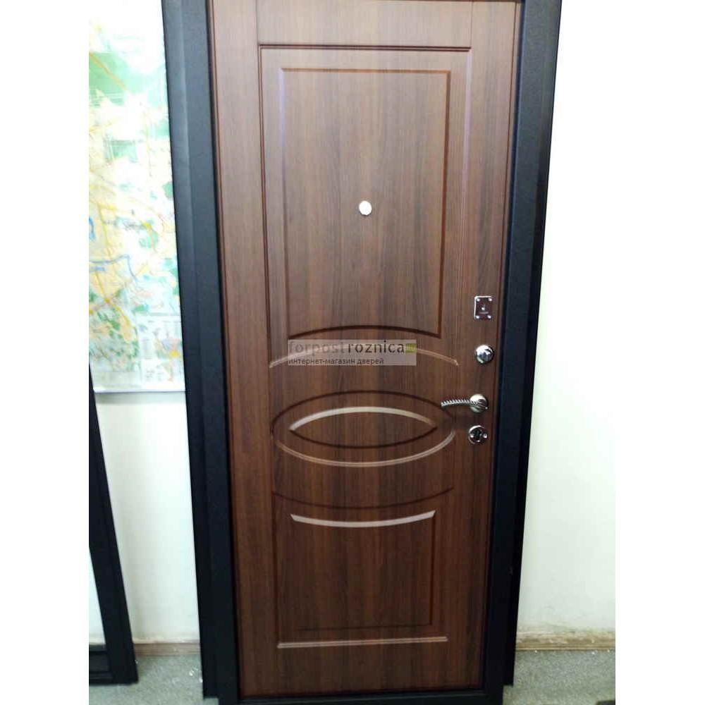 Входная дверь Ратибор Классик 3К Орех Бренди (трехконтурные)