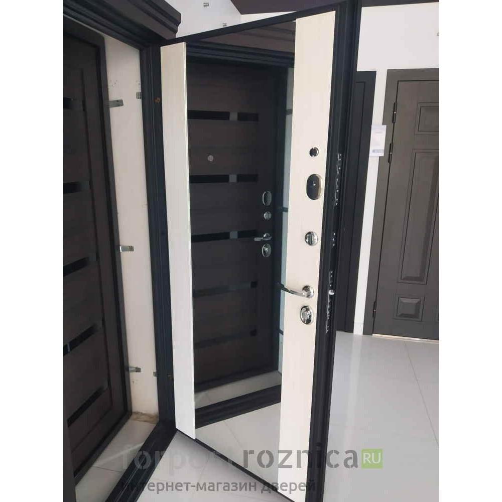 Входная дверь Континент Сорренто (с шумоизоляцией)