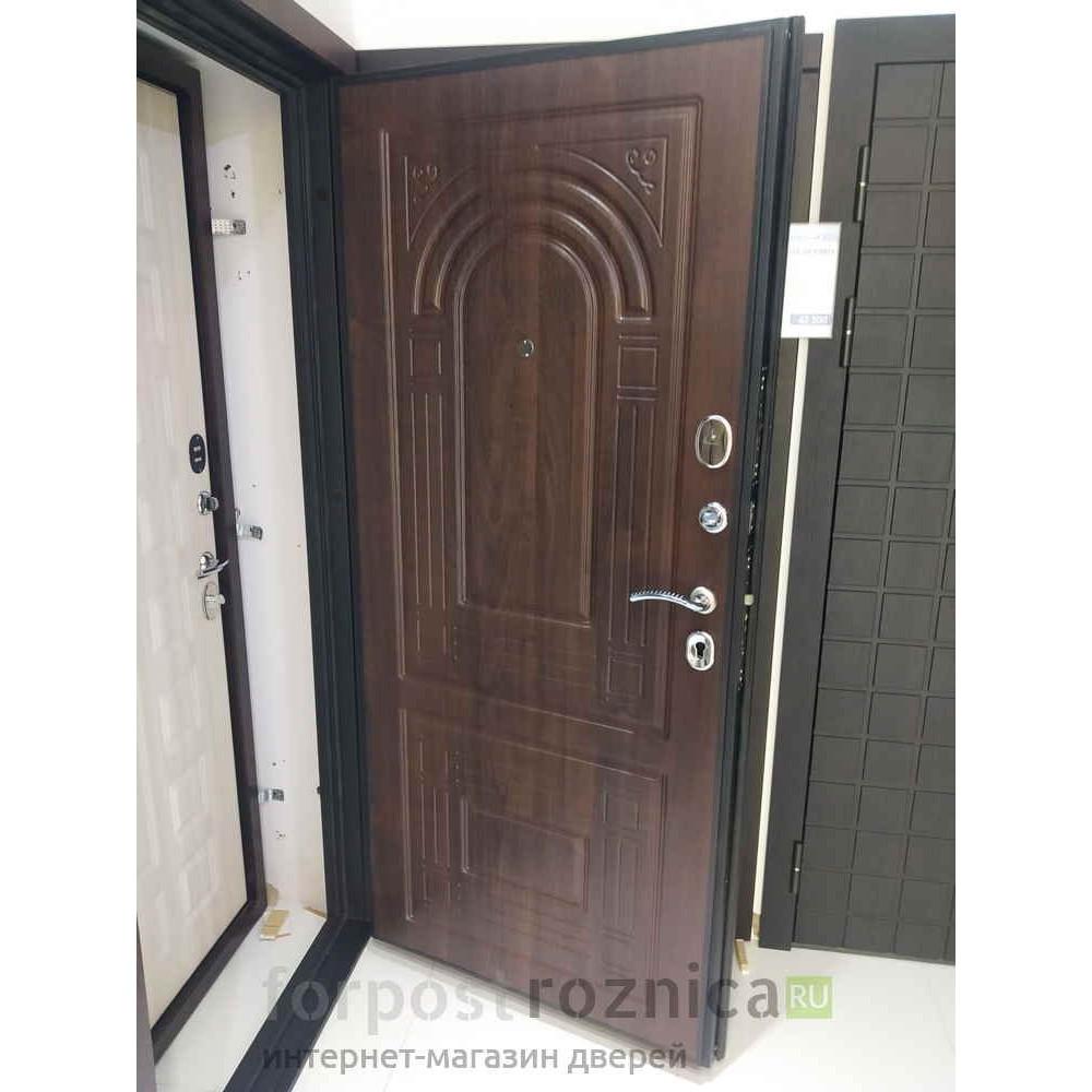 Входная дверь Континент Флоренция Золотой дуб (трехконтурные)