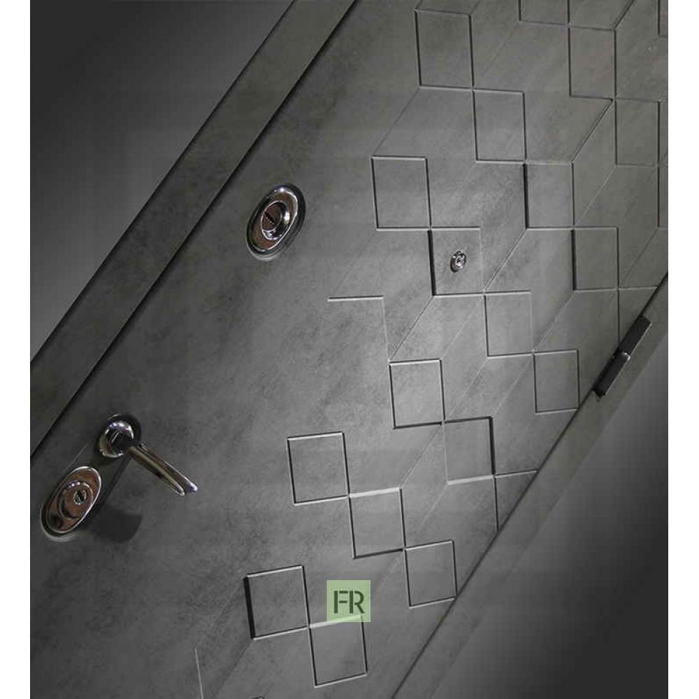 Входная дверь Лабиринт Бетон с зеркалом Максимум- Сандал белый (утепленные)