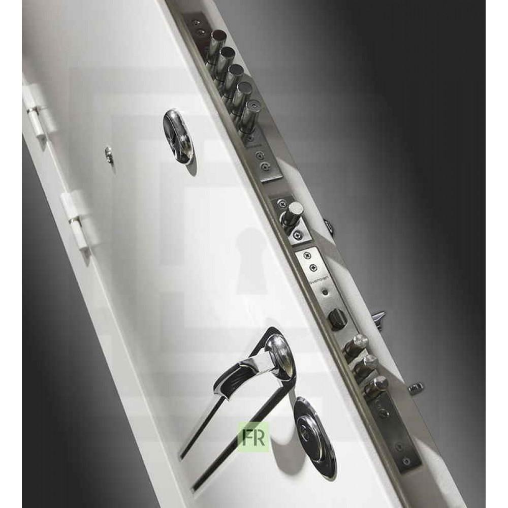 Входная дверь Лабиринт LINE WHITE 11 - Белый софт (с шумоизоляцией)