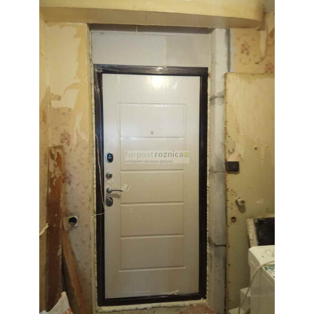 Входная дверь Цитадель Гарда 7,5 белый ясень (Антивандальные)