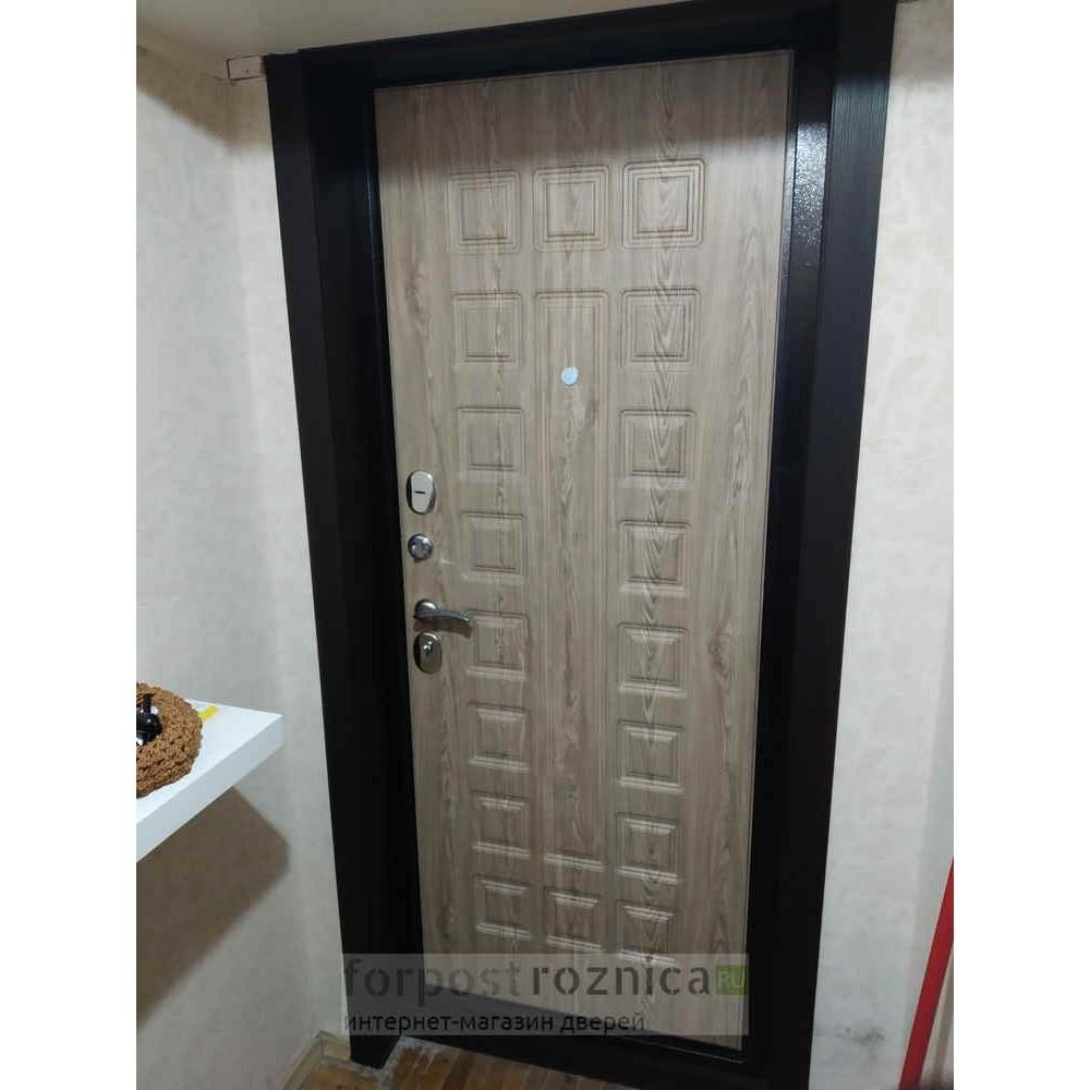 Входная дверь Йошкар-Ола Престиж в цвете Ель Карпатская
