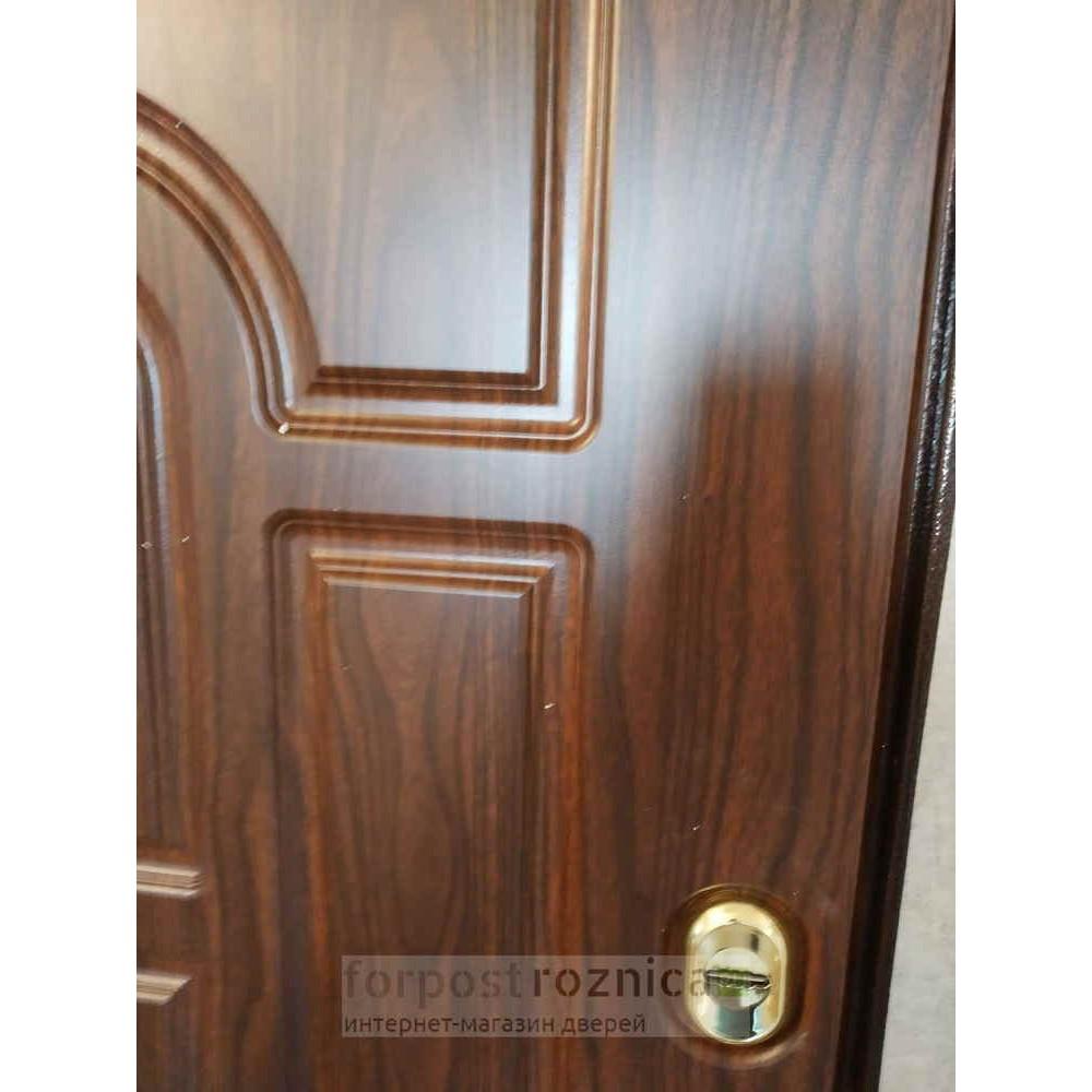 Входная дверь Рекс 5А Орех     ( Трехконтурные )