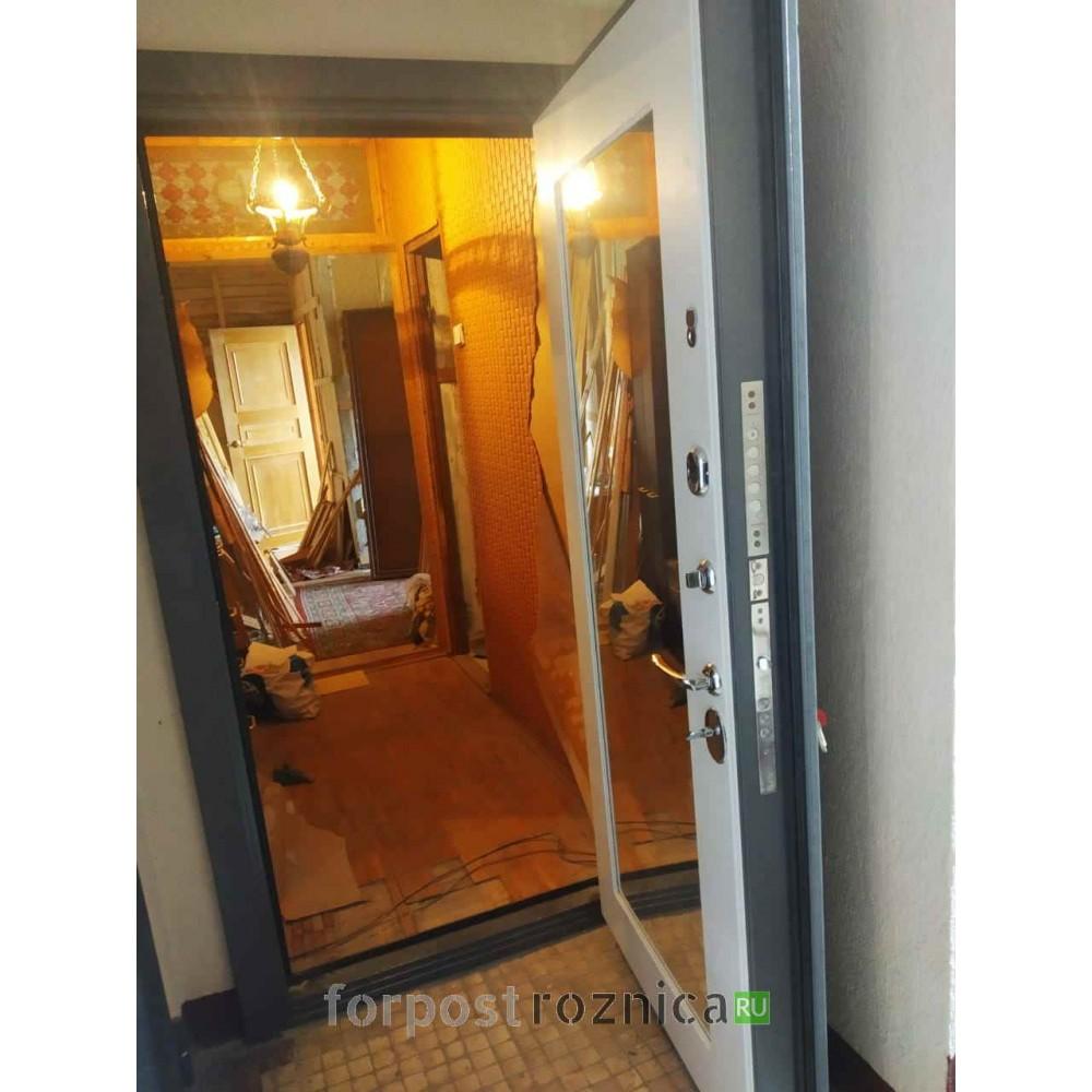 Входная дверь REX 23 Пчела Пастораль Силк сноу ( c зеркалом)