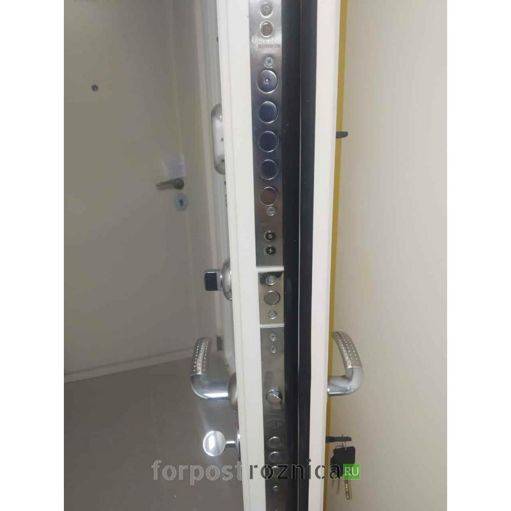 Входная дверь REX Премиум H белая ФЛ-243 Белый софт  (Трехконтурные )